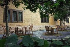 yangshuo-village-inn-farmhouse-terrace-guilin-yangshuo-china