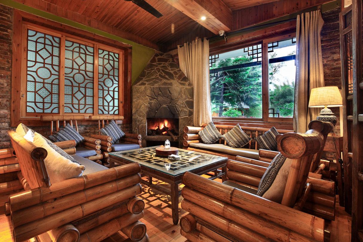 yangshuo-bars-yangshuo-mountain-retreat-bamboo-bar